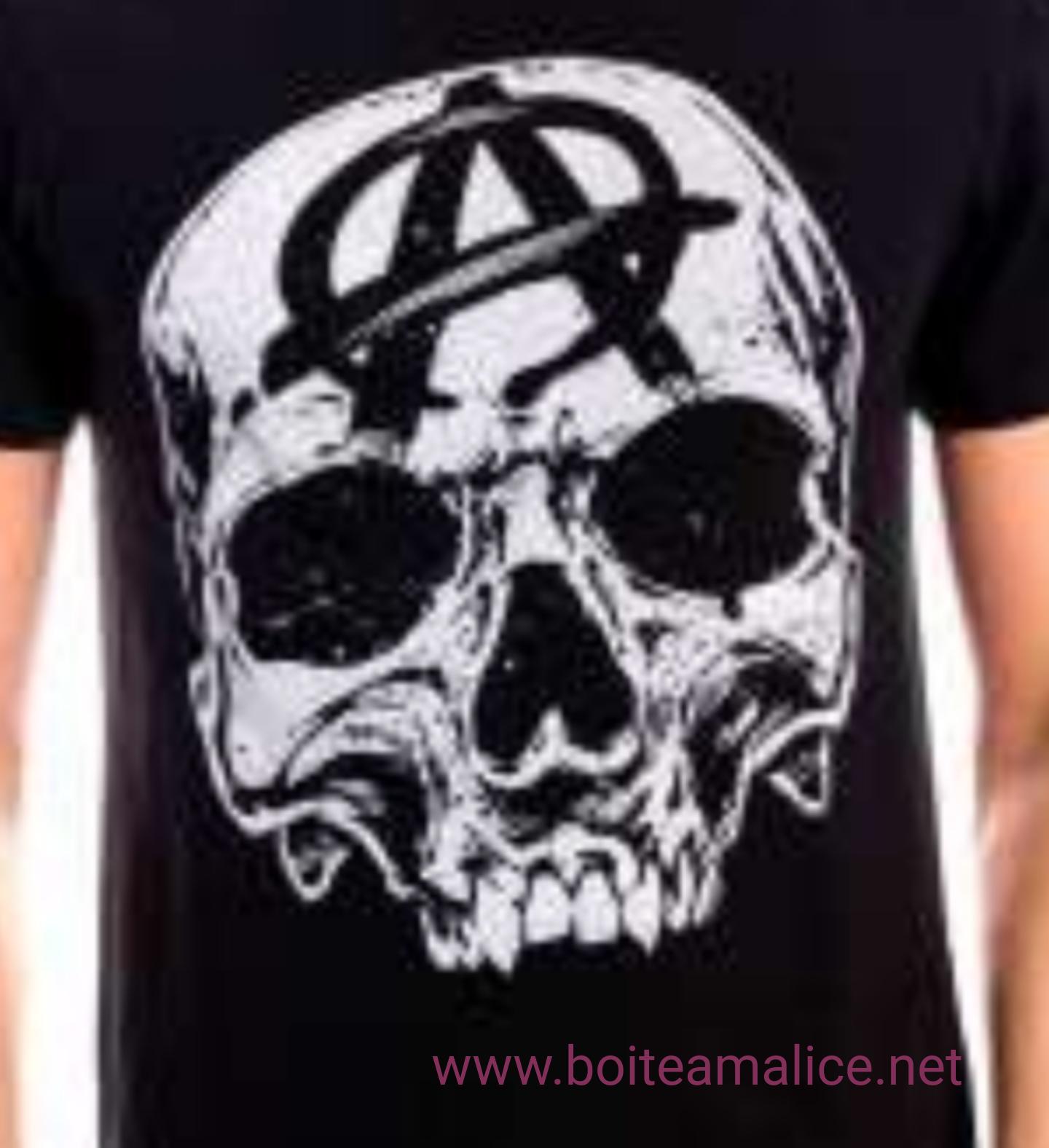 Tshirt soa big skull head
