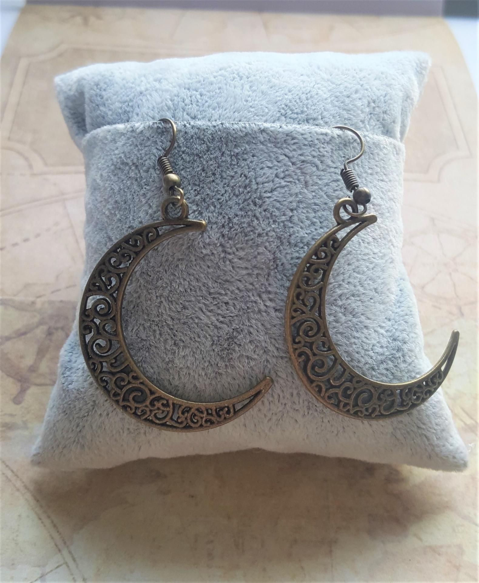 Boucles d oreille lune bronze