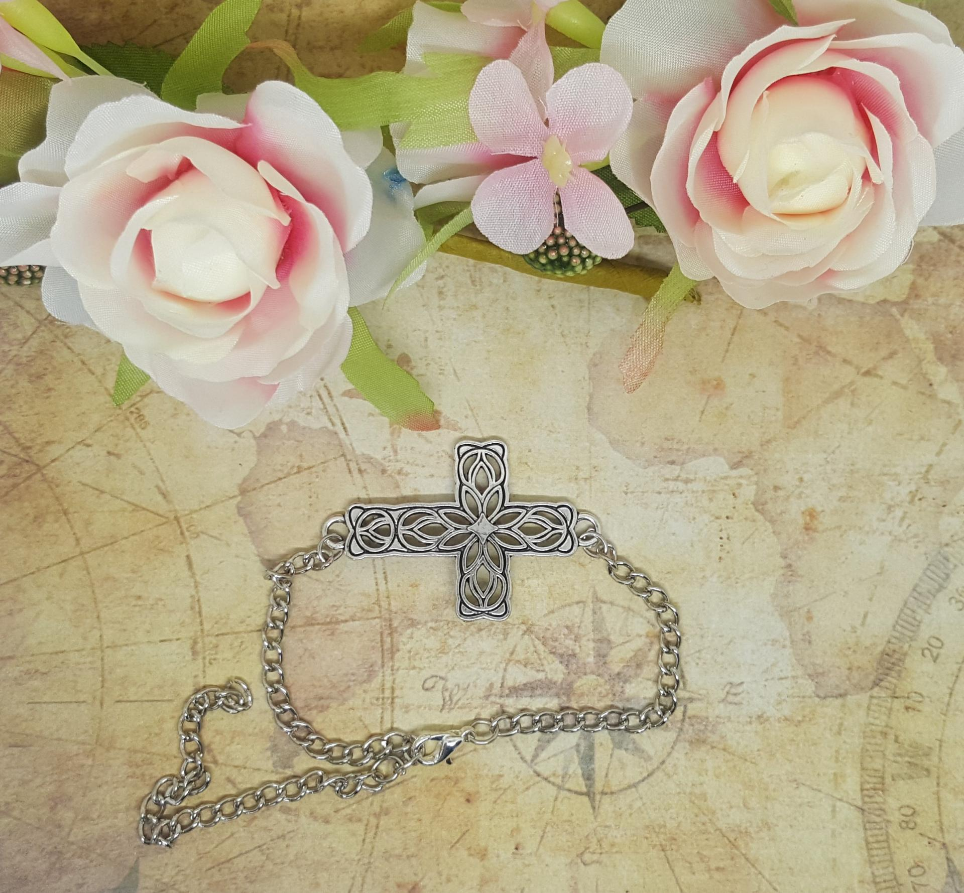Bracelet croix 2
