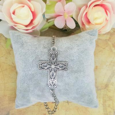 Bracelet gothique croix