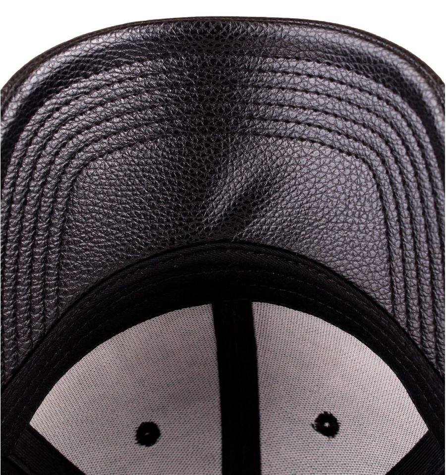 Casquette black panther marvel logo deluxe 4