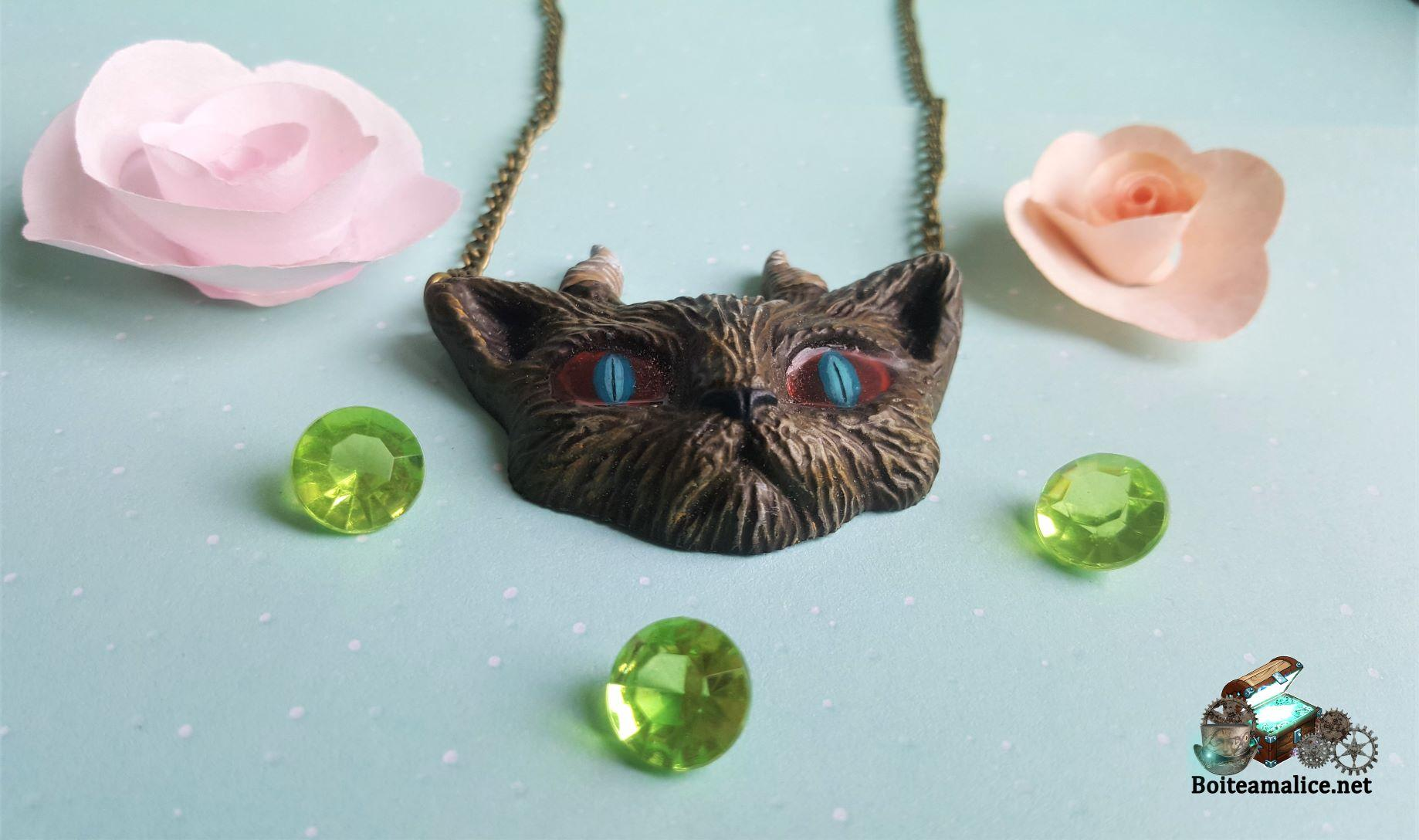 Collier chat demon fait main 1