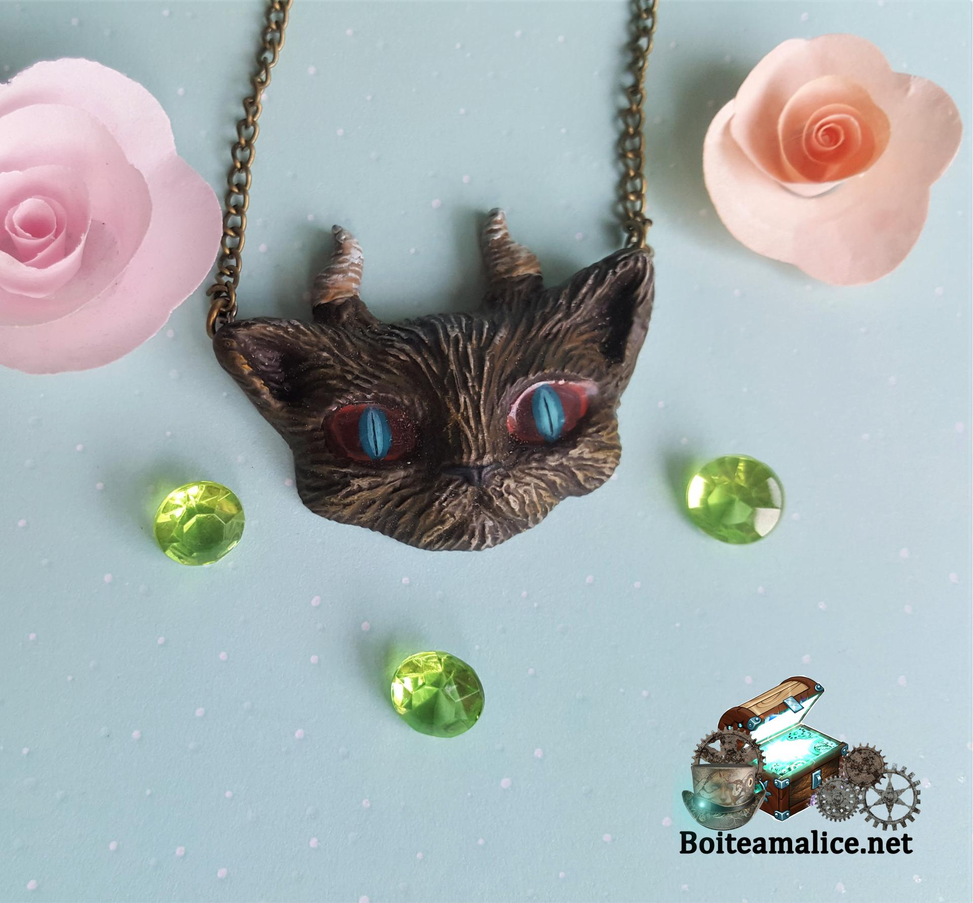 Collier gothique chat demon
