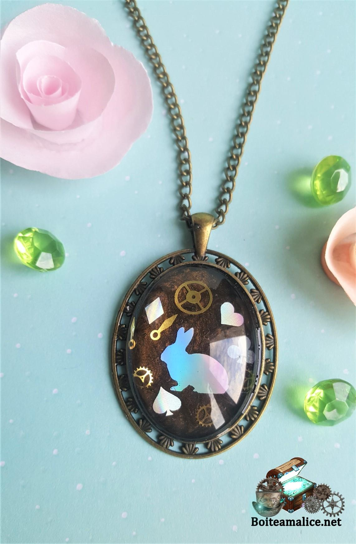 Collier lapin engrenage steampunk