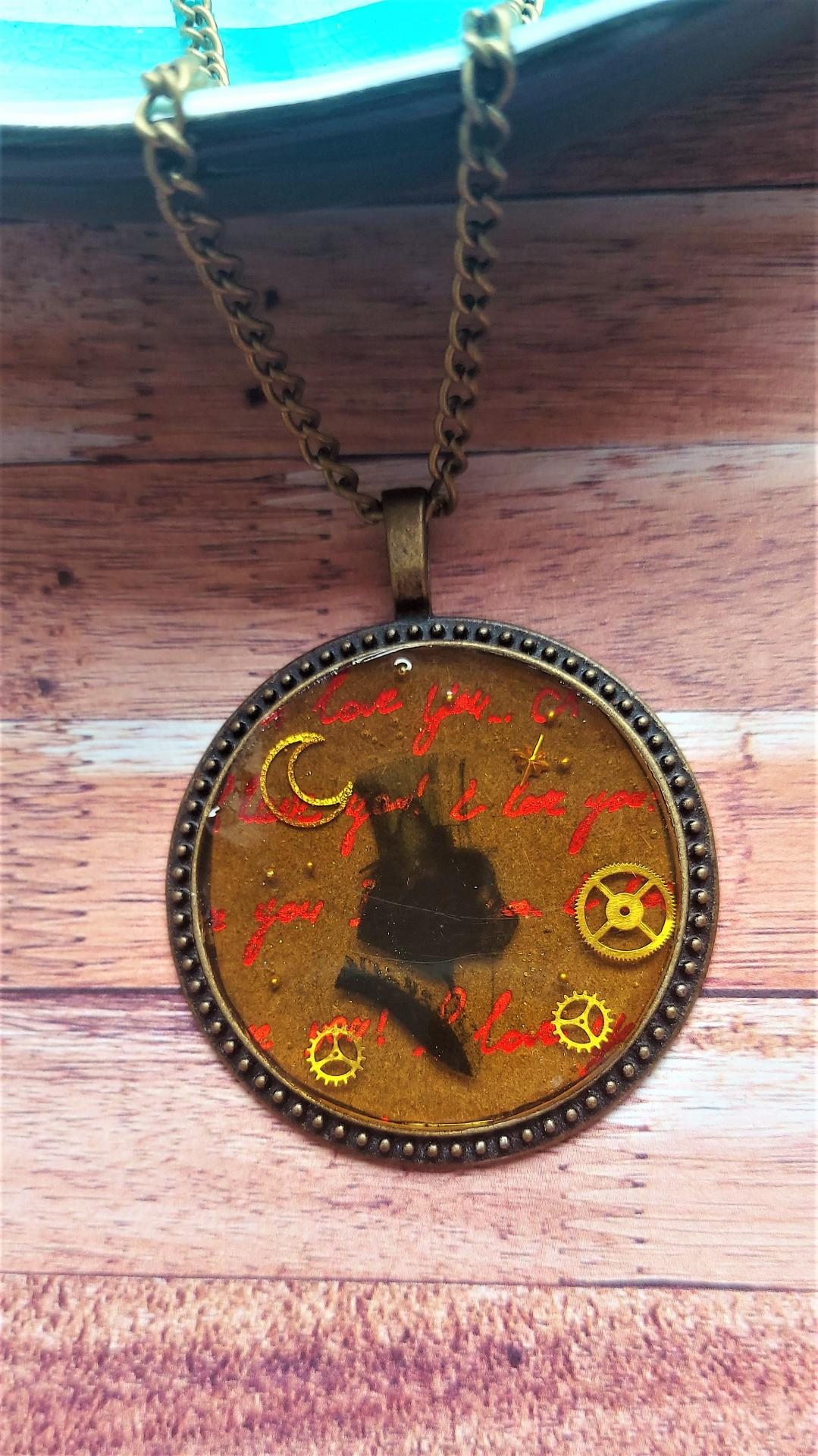 Collier steampunk chat 1
