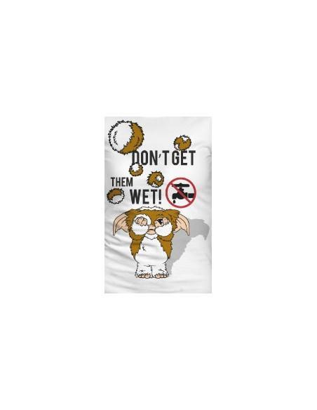 Gremlins woman t shirt wet 1