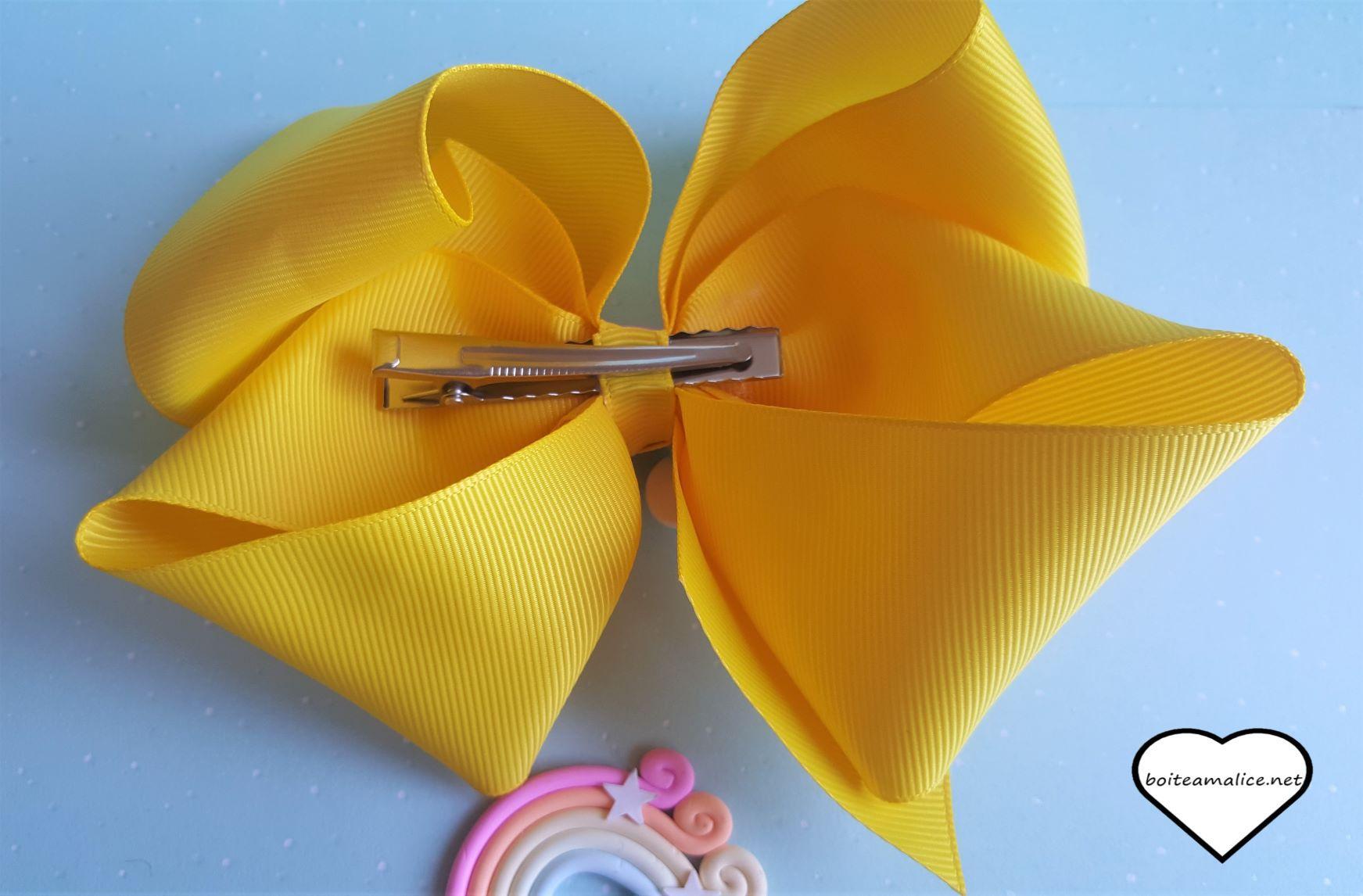 Grosse barrette jaune
