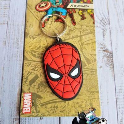 Porte cles spiderman marvel