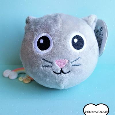 Squichy chat peluche kawaii
