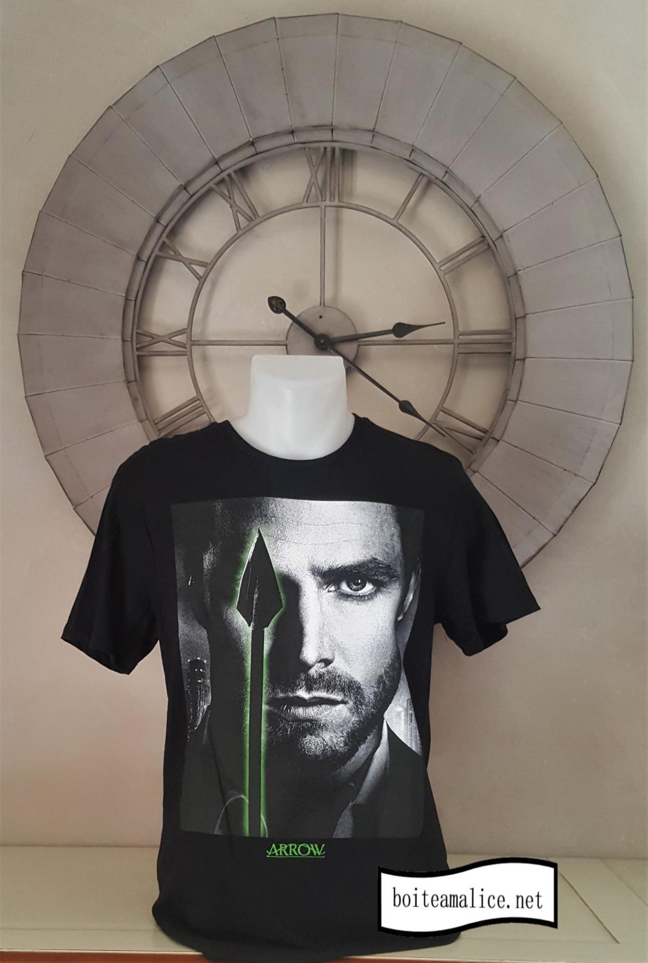 T shirt arrow