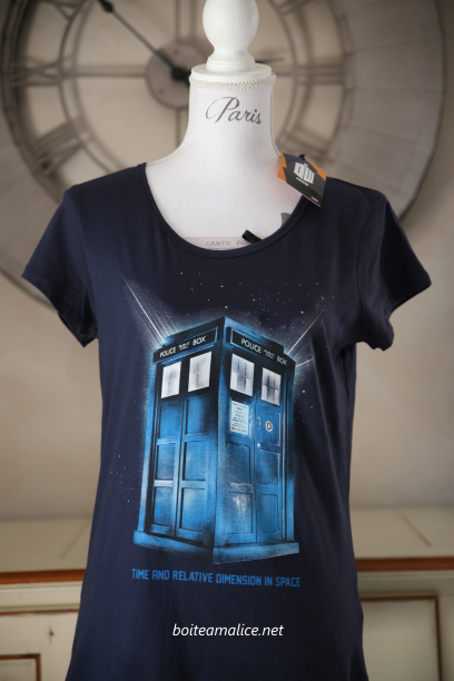 T shirt dr who femme 1