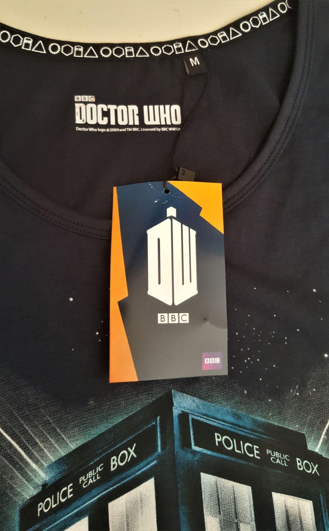 T shirt dr who police box