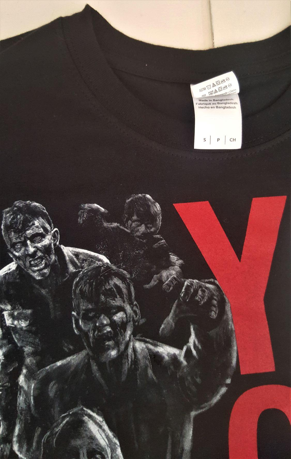 T shirt horde de zombie walking dead you only live