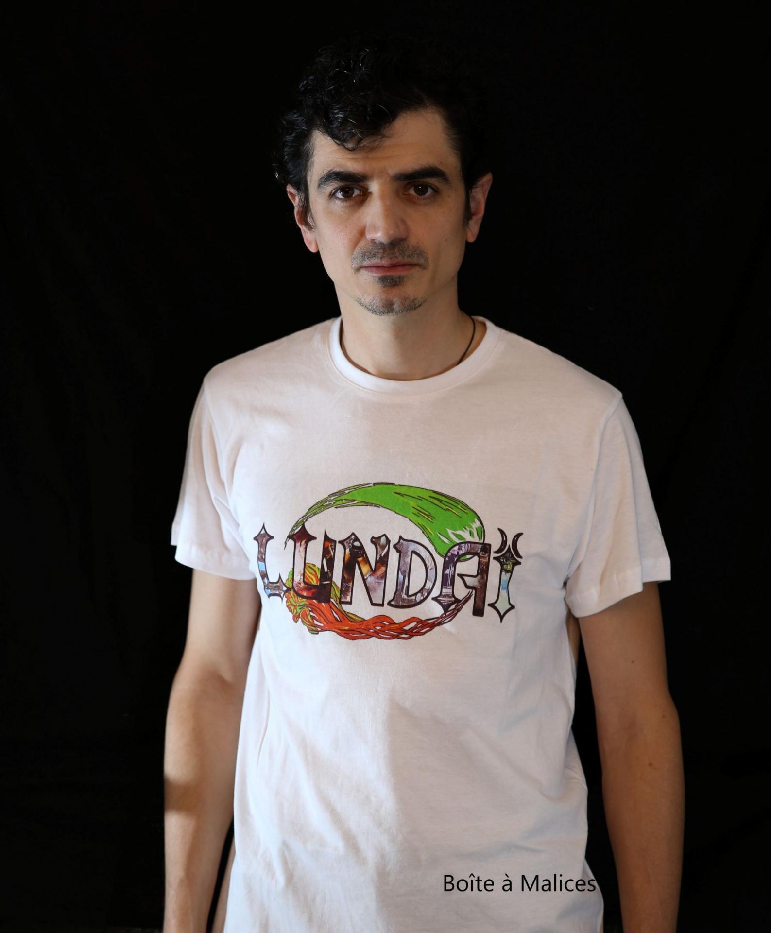 T shirt lundai logo